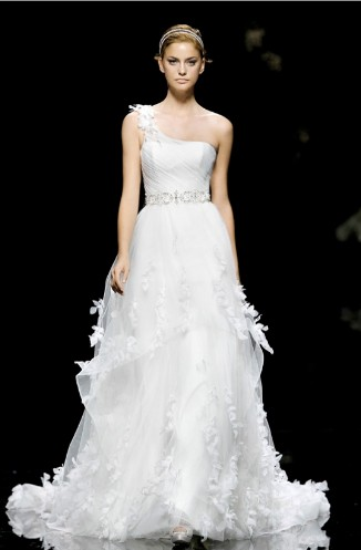 Nice wedding gowns could be selected for wedding ceremony for Nice cheap wedding dresses