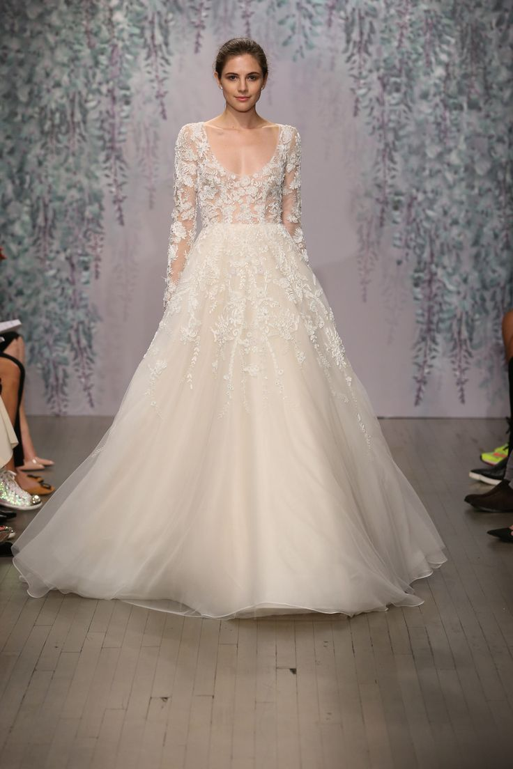 Fantastic Ball Gown Sweetheart Lace Ivory Wedding Dress (LD1982)