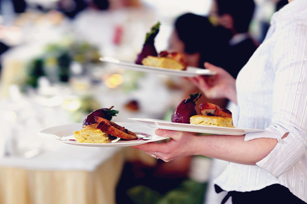 picking the Perfect Caterer for your Wedding