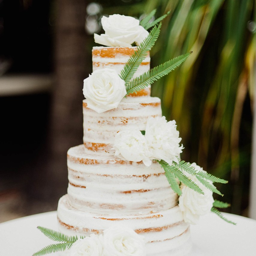 Sweet And Simple Naked Wedding Cakes: Perfect Minimal Naked Cakes For Wedding