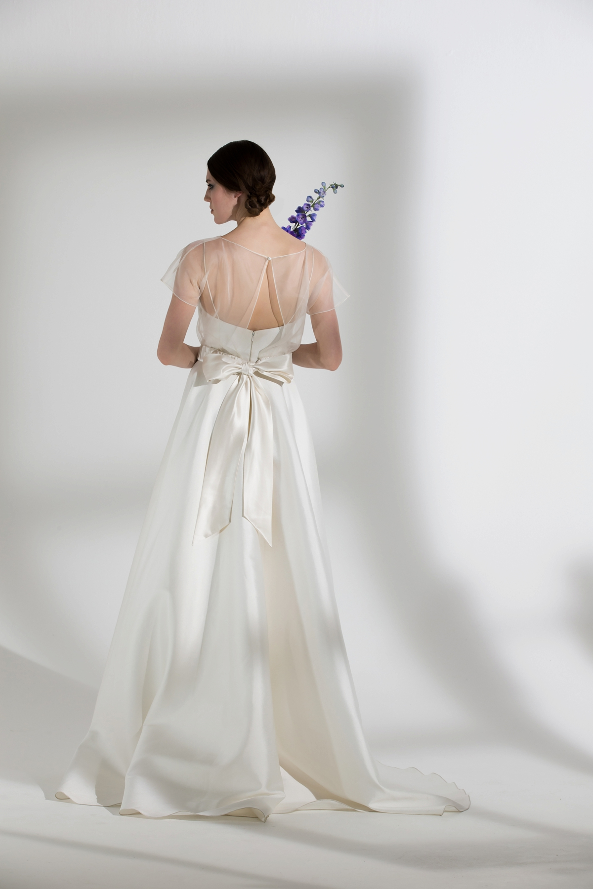 Win £2,500 Toward an Off-The Peg or Bespoke Dress With Halfpenny London (Bridal Fashion Competition Supplier Spotlight )
